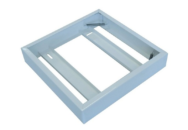 cadre alu saillie pour plafonnier 600* 600